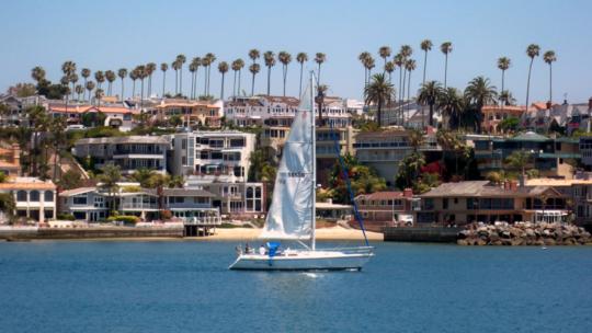 Discover Balboa Island: A Beach Village
